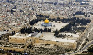 800px-Temple_Mount_(Aerial_view,_2007)_02