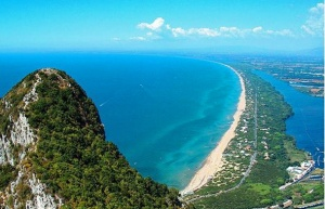 sabaudia-beach-from-the-mountain