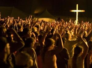 worship_crowd